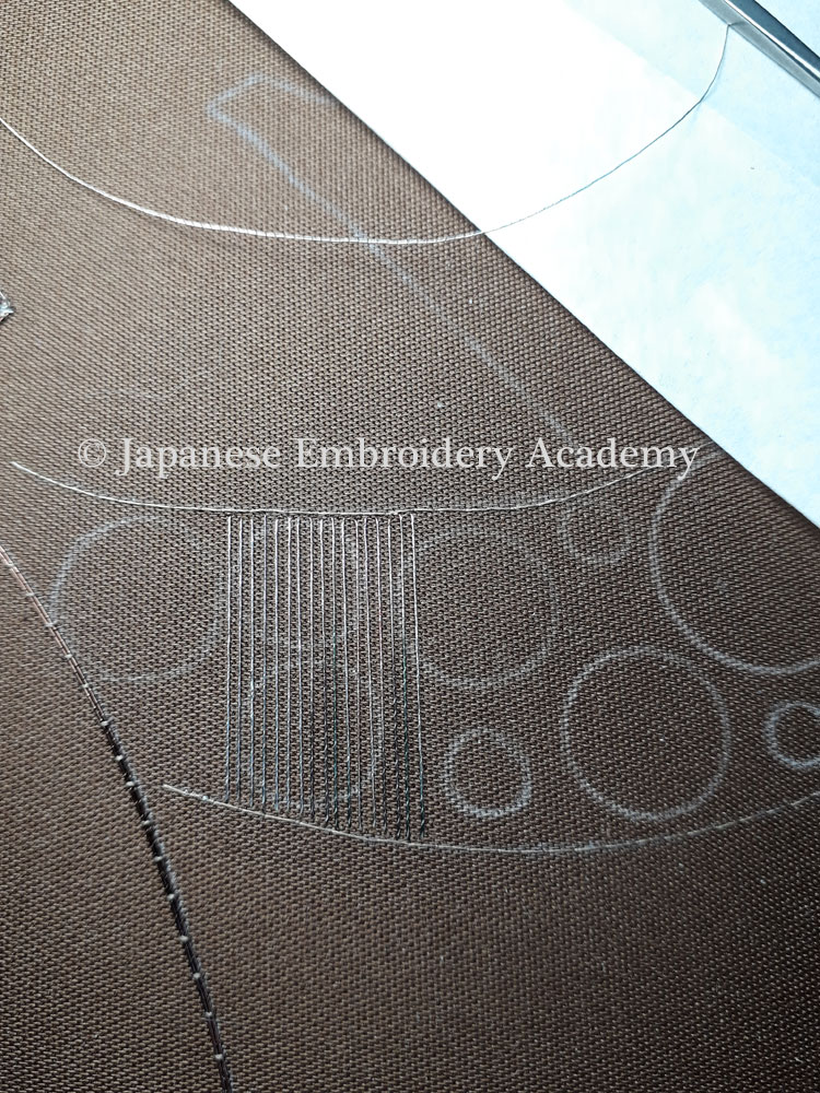 Japanese embroidery - fuzzy circles foundation