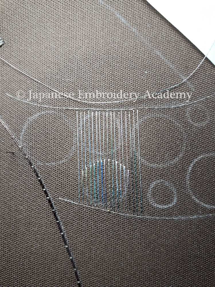 Japanese embroidery - fuzzy circles step 2